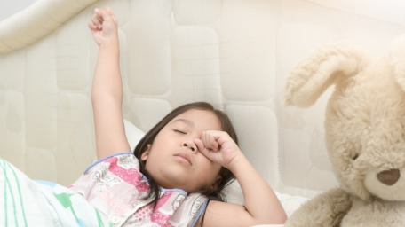 Late sleeping habit in children
