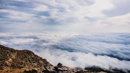 The greedy cloud